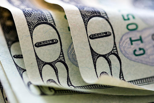 20 dollar bills - Pell Grant