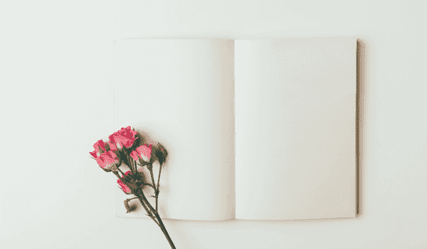 notepad-with-pink-roses