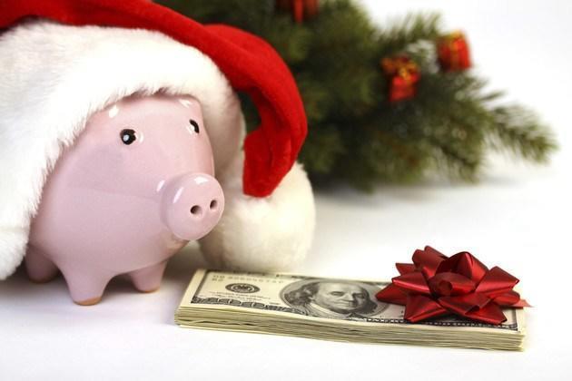piggy santa hat cash-hynci