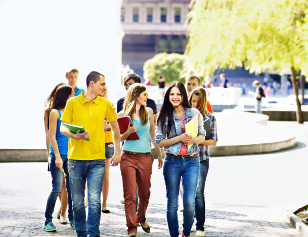 A group of students on a campus tour.